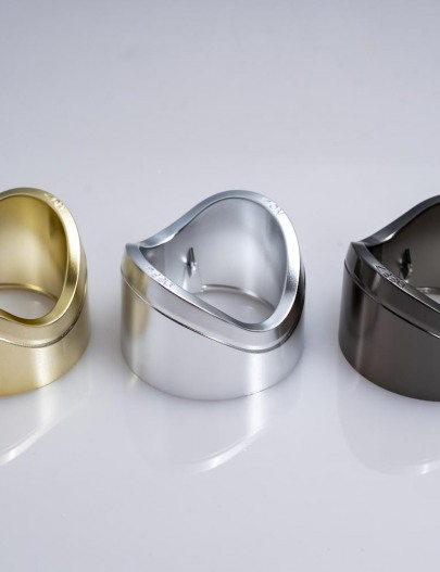 Metallizzation-Metallized-cosmetic-accessories