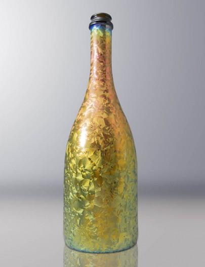 Iridescenza-bottiglia-vetro-effetto-ghiaccio-iridescente